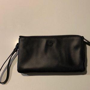 Like New! Lululemon multi-pocket zip wristlet